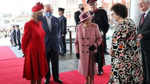 Єлизавета II більше не буде виходити у світ без супроводу