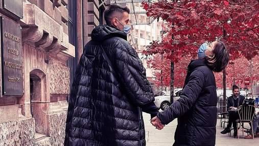 Без Ксенії Мішиної: Олександр Еллерт поїхав у Румунію з донькою і друзями