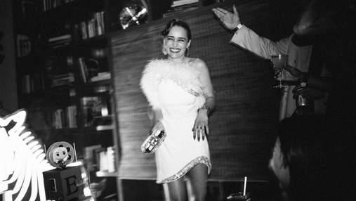 """Фотокарточки будто из Голливуда: Эмилия Кларк отметила день рождения со звездой """"Игры престолов"""""""
