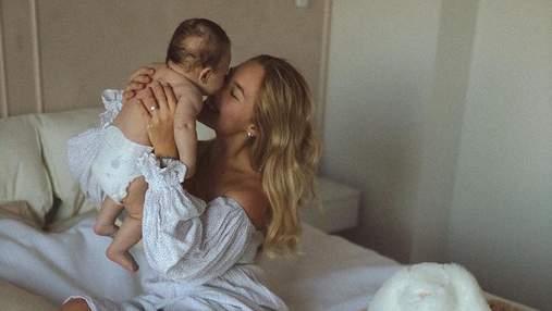 Даша Квіткова показала відео, на якому ридала в перші тижні материнства