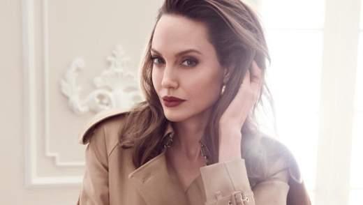 Анджеліна Джолі долучилась до ініціативи зірок і пожертвувала мільйон доларів у спалах вірусу