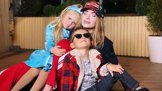 Снова с бывшим мужем: Слава Каминская поделилась снимками с детьми – нежные фото