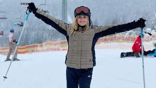 На лижах у Буковелі: Ірина Федишин показала, як проводить зимові канікули – фото