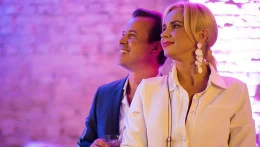 Лилия Ребрик поделилась романтическим кадром с мужем: фото звезды в голубом платье