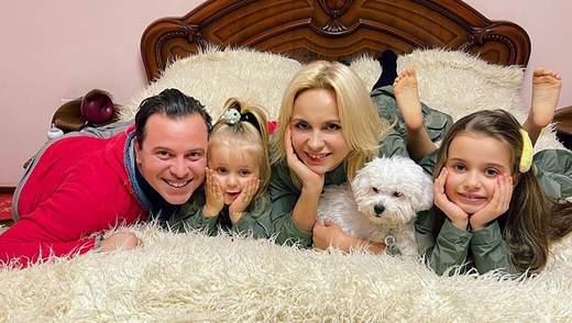 Лілія Ребрик підкорила кумедним танцем з чоловіком і дітьми