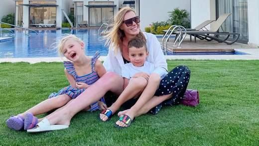 Слава Каминская очаровала сеть миловидным фото с детьми